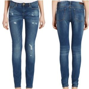 BlankNyc Skinny Blue Distressed Low Rise Jeans 28